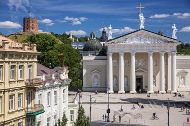 HMS2004512 Lithuania (Baltic States), Vilnius, historical center, listed as World Heritage by UNESCO, Gedimino's avenue with a view of the clock tower in front of Saint Stanislaus Cathedral, Katedros Aikste and...