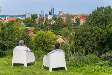 HMS2869465 Lithuania (Baltic States), Vilnius, historical center, listed as World Heritage by UNESCO, view of the city from Kudry Park