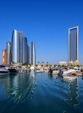 UAE0664AW Skyline with Marina and Etihad Towers, Abu Dhabi, United Arab Emirates
