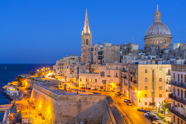 HMS2100358 Malta, Valletta, city listed as World Heritage by UNESCO, Carmelite Church of the 16th century rebuilt in 1978 following its destruction during World War II and the Anglican Cathedral of Saint Paul (e...