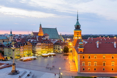 HMS2235865 Poland, Mazovia region, Warsaw, district of Stare Miasto, Old Town listed as World Heritage by UNESCO, Plac Zamkowy (Castle Square), Zamek Krolewski (Royal Palace), the former official residence of Po...