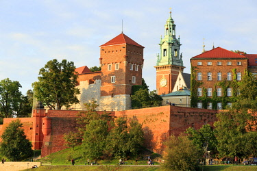 HMS2877729 Poland, Lesser Poland, Krakow, Stare Miasto district, listed as World Heritage by UNESCO, Old Town, Wawel Castle and Cathedral