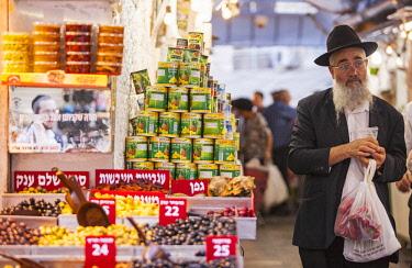 ISR0282 Israel, Jerusalem. The Mahane Yehuda Market.