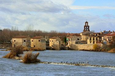 SPA7476AWRF The watermills of Zamora along the Douro river. Castilla y Leon, Spain