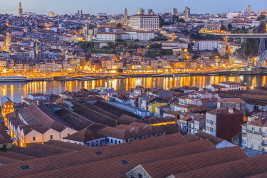 HMS2690416 North region, Porto, view of the historic centre listed as World Heritage by UNESCO since the Port wine cellars of Vila Nova de Gaia