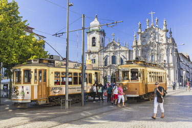 HMS2690429 Portugal, Northern Region, Porto, the historic classified center World heritage of the UNESCO, place Parada Leitao, station of streetcar in front of the church of Terceiros do Carmo built in the end o...