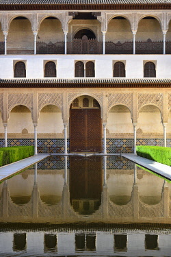 HMS3180465 Spain, Andalusia, Granada, listed as World Heritage by UNESCO, The Alhambra, Nasrid palaces, Patio de Arrayanes, Court of the Myrtles