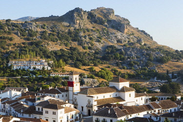 HMS2480558 Spain, Andalucia, Province of Cadiz, Grazalema, Sierra de Grazalema Natural Parc, White village (Pueblos Blancos)