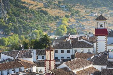 HMS2480559 Spain, Andalucia, Province of Cadiz, Grazalema, Sierra de Grazalema Natural Parc, White village (Pueblos Blancos)