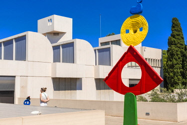 HMS2432854 Spain, Catalonia, Barcelona, Montjuic, Joan Miro Foundation, the museum designed by the Catalan architect Josep Lluis Sert and opened in 1975, Joan Miro sculpture on the roof terrace