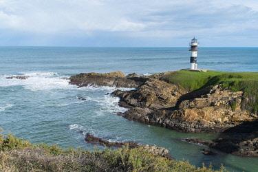 HMS1885262 Spain, Galicia, Cantabrian coast, Ribadeo, Illa Plancha lighthouse