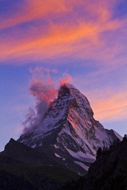 HMS2099359 Switzerland, canton of Valais, Zermatt, the Matterhorn (4478 m)