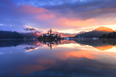 CLKSS77611 Lake Bled at sunrise Europe, Slovenia, Bled