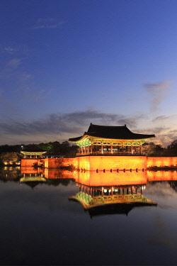 KR038RF South Korea, Gyeongsanbuk-do, Gyeongju (Unesco Site), Anapji Pond