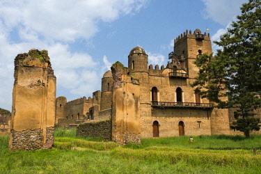 AF16KSU0082 Fasilides' Castle in the fortress-city of Fasil Ghebbi (founded by Emperor Fasilides), UNESCO World Heritage Site, Gondar, Ethiopia