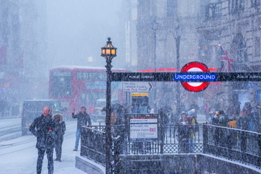 UK11381 UK, England, London, The West End, Piccadilly Circus, Underground Station entrance,snow storm