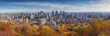 CA04299 Canada, Quebec, Montreal, elevated city skyline from Mount Royal, autumn