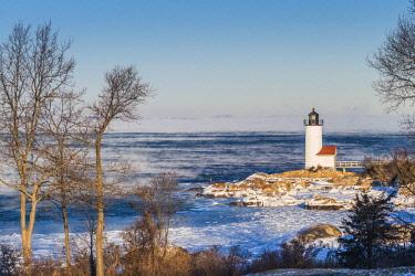 US03580 USA, New England, Cape Ann, Massachusetts, Annisquam, Annisquam Lighthouse, winter