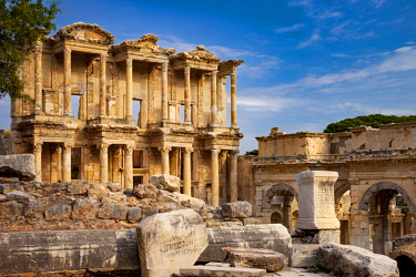 AS37BJN0027 Ruins of the Library of Celsus in ancient city of Ephesus, near Selcuk Turkey