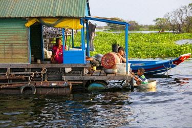 AS40DPB0138 Moat Khla, Floating Fisherman Village, Tonle Sap Lake, Cambodia