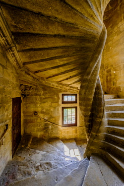EU09GTH0010 France, Provence. Lourmarin, spiral stair