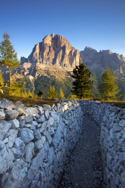 EU16BJN0611 Dawn over Tofana de Rozes from the World War One trenches at Cinque Torri, Dolomite Mountains, Veneto, Italy
