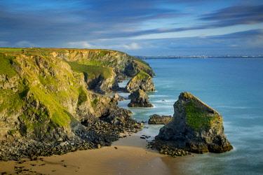 EU33BJN0536 Bedruthan Steps along the Cornwall Coast, England