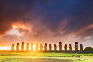CHI11037AW Sunrise over Moai at Tongariki, Easter Island, Polynesia, Chile