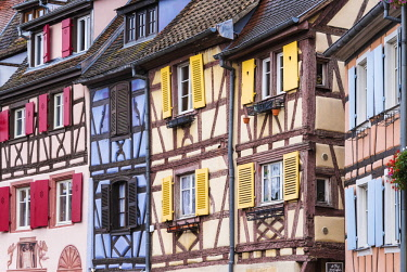 FRA10226AW Half-timbered houses of the old town of Colmar, Alsatian Wine Route, France