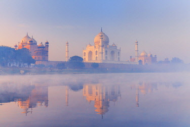 IND8550AW India, Taj Mahal reflecting in the Yamuna river on a foggy morning