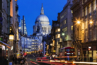 TPX63329 England, London, City of London, St.Pauls Cathedral and Fleet Street