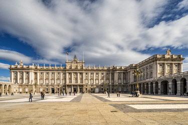 SPA7546AW Royal Palace of Madrid or Palacio Real de Madrid, Plaza de la Armeria, Madrid, Community of Madrid, Spain