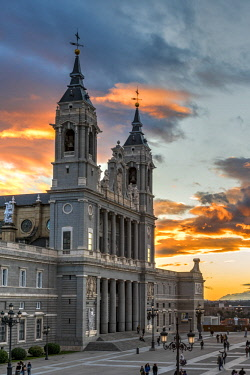 SPA7551AW Almudena Cathedral, Madrid, Community of Madrid, Spain