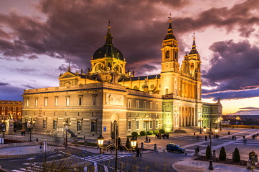 SPA7552AW Almudena Cathedral, Madrid, Community of Madrid, Spain