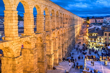 SPA7632AW Roman aqueduct, Segovia, Castile and Leon, Spain