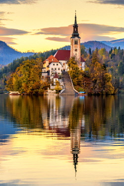 CLKAC82888 Lake of Bled with the Assumption of Mary Pilgrimage Church. Bled, Upper Carniola, Slovenia