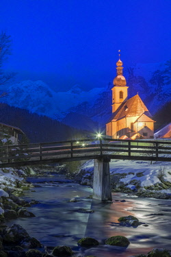 CLKMG81581 Parish Church of St. Sebastian, Ramsau near Berchtesgaden in winter, Berchtesgadener Land district, Upper Bavaria, Bavaria, Germany