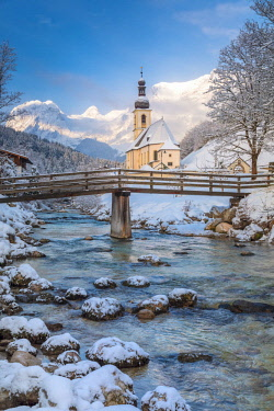 CLKMG81590 Parish Church of St. Sebastian, Ramsau near Berchtesgaden in winter, Berchtesgadener Land district, Upper Bavaria, Bavaria, Germany