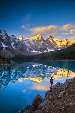 CAN3397AW Moraine Lake, Banff National Park, Alberta, Canada