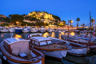 FRA10284AW Cassis Harbour at Night, Provence, France
