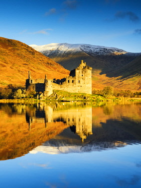 SCO35232AW Kilchurne Castle Reflecting in Loch Awe, Argyll & Bute, Scotland