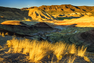 USA13286AW The Painted Hills,  John Day Fossil Beds National Monument, Oregon, USA