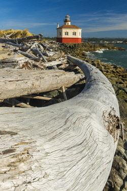 USA13312AW Coquille River Lighthouse, Bandon, Oregon, USA