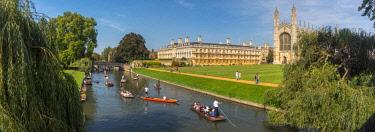 UK08211 UK, England, Cambridgeshire, Cambridge, River Cam, King's College, Punting