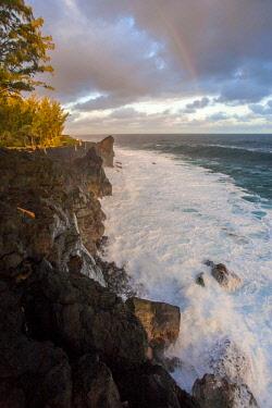 RE01127 Reunion island (French overseas department), Parc National de La Reunion (Reunion National Park), black sand beach