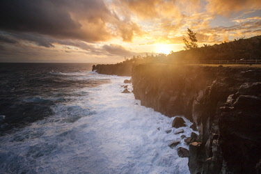 RE01128 Reunion island (French overseas department), Parc National de La Reunion (Reunion National Park), black sand beach