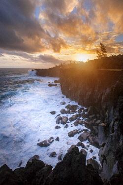RE01129 Reunion island (French overseas department), Parc National de La Reunion (Reunion National Park), black sand beach