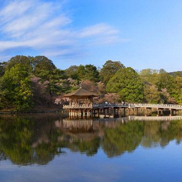 JAP1411AWRF Ukimido pavilion in Nara Park, Nara, Kansai, Japan