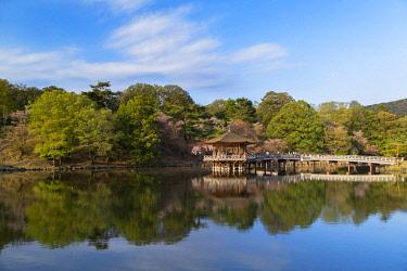 JAP1412AWRF Ukimido pavilion in Nara Park, Nara, Kansai, Japan