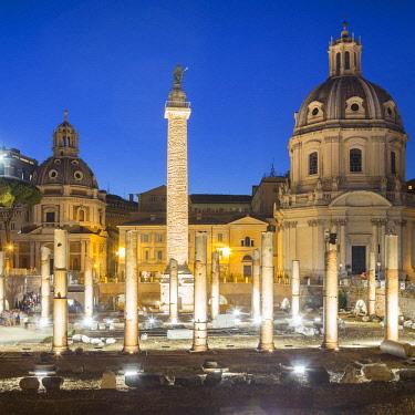 ITA12486AW Italy, Latium, Lazio. Rome, Roma. The Roman Forum.